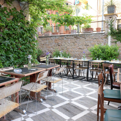 Latteria-International-Bar_LOCATION_13