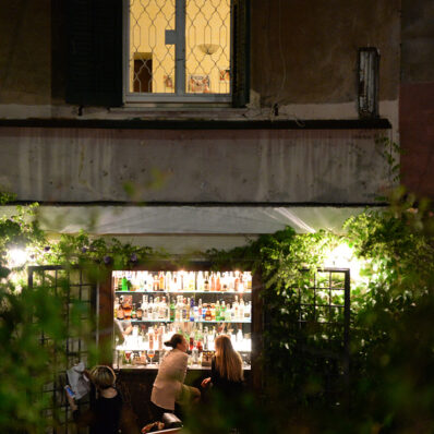 Latteria-International-Bar_LOCATION_49